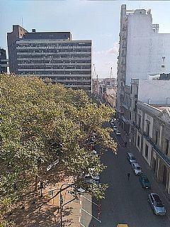 Peatonal Sarandí Frente A Plaza Matriz