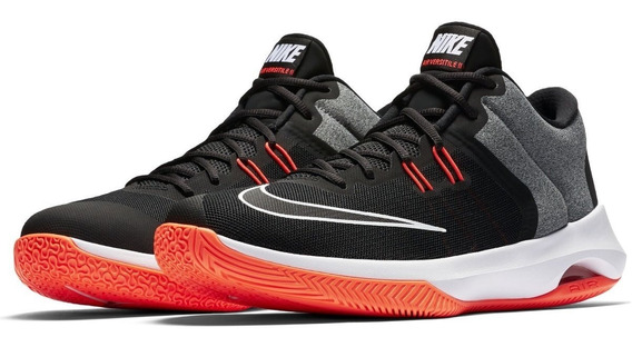 Tênis Masculino Nike Air Versitile 2