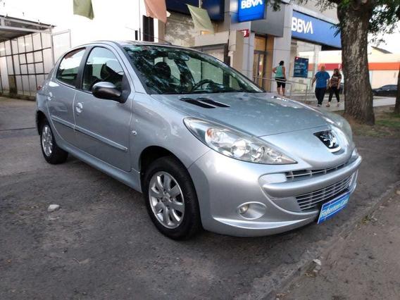 Peugeot 207 1.4 Compac Xs/allure 2011-permuto Financio