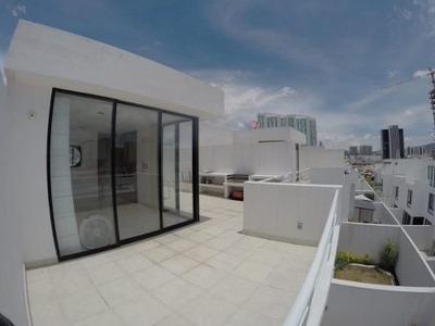 Estrena Casa En Valle De Juriquilla, 4 Recamaras, Roofgarden, 3.5 Baños, Alberca