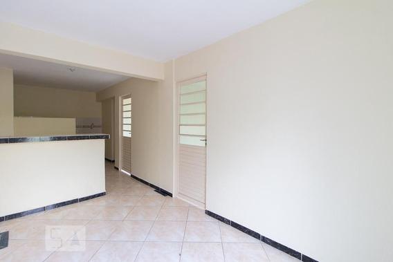 Apartamento Térreo Com 2 Dormitórios E 1 Garagem - Id: 892958637 - 258637