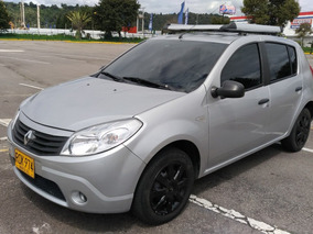 Renault Sandero - Excelente Condición - Kms Originales