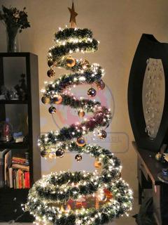 Arbol De Navidad En Espiral Flotante