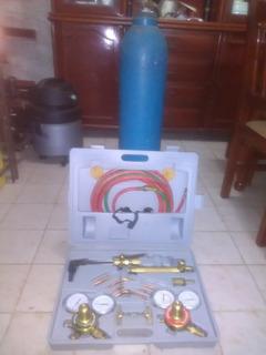 Equipo Oxicorte Portátil Con Bombona De Oxigeno,,usado