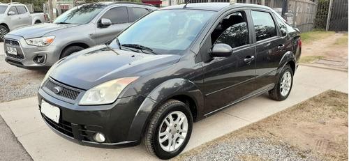 Ford Fiesta Sedan Extra Full 2008