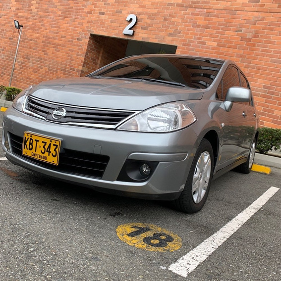 Nissan Tiida 2011. Único Dueño, 68mil Km Vencambio Camioneta