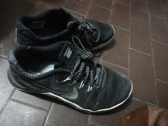 Zapatilla adidas