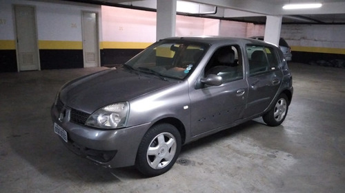 Imagem 1 de 10 de Renault Clio