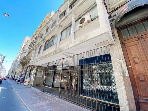 Alquiler Local Comercial Ciudad Vieja - 25 De Mayo 589
