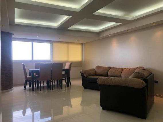 Apartamentos En Alquiler El Milagro 20-10078 Andrea Rubio