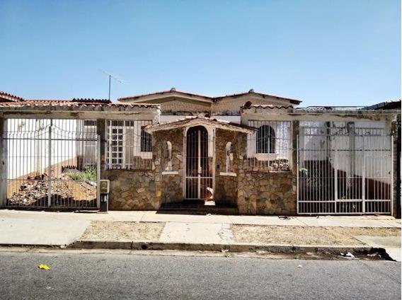 Ma- Casa En Venta- Mls #20-11178/ 04144118853