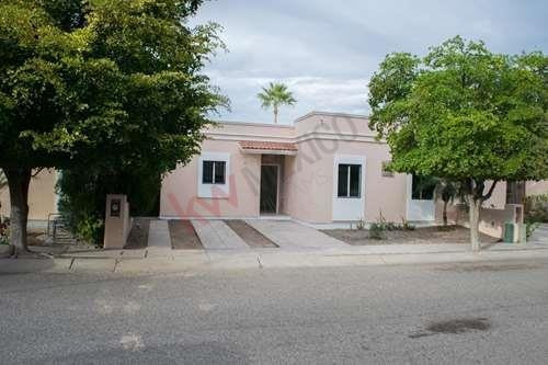 Se Renta Casa En Real De Quiroga