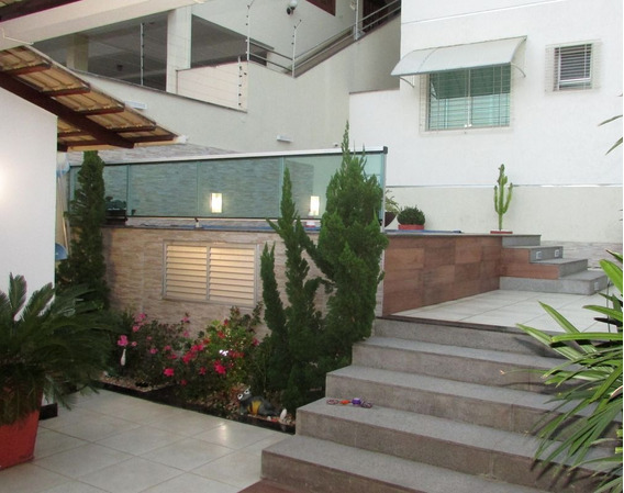 Casa Com 4 Quartos Para Comprar No Santa Amélia Em Belo Horizonte/mg - Gar9711