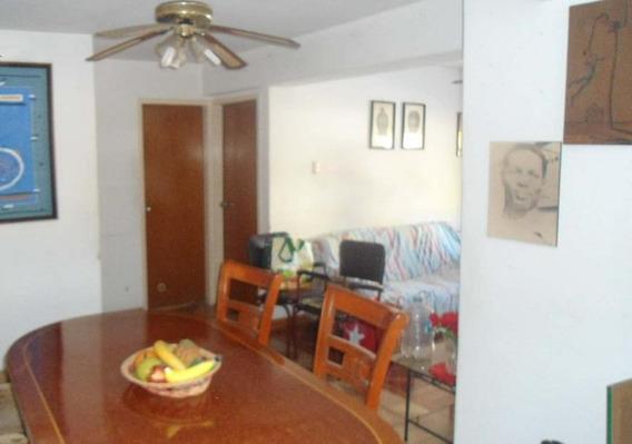 Maison C.a Vende Apartamento En Urb Calicanto 04243395895