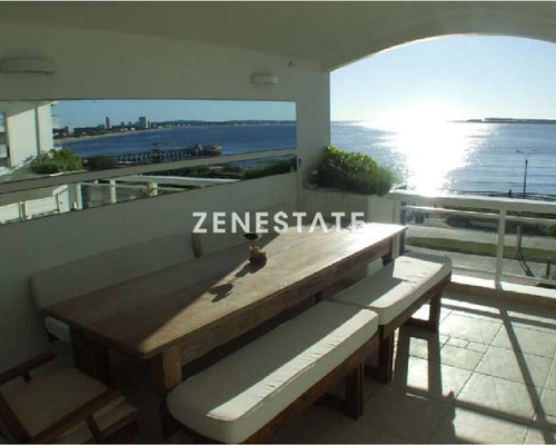 Apartamento En Mansa- Frente Al Mar