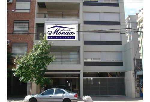 Semipiso 3 Amb Categoria. Balcon Terraza. Edif. Con Piscina.