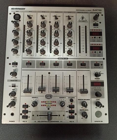 Mixer Behringer Djx 700