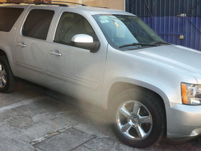 Camioneta Chevrolet Suburban Plata 5.3 Lt Piel Plus Mt
