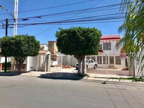 Casa En Renta. Juriquilla, Queretaro // Rcr180415-mg