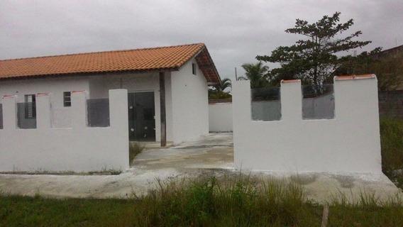 Casa 2 Dormitórios Na Praia