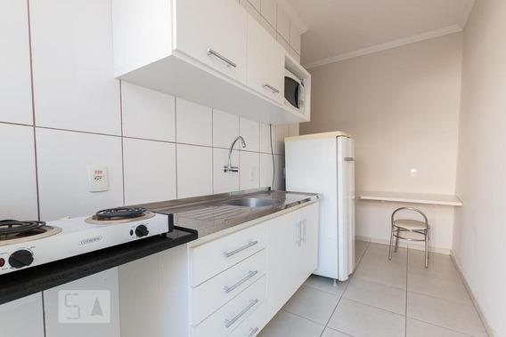 Studio Térreo Mobiliado Com 1 Dormitório E 1 Garagem - Id: 892925990 - 225990
