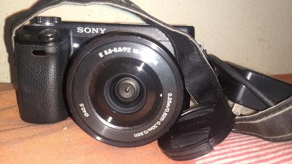 Câmera Nex6 Em Perfeito Estado De Conservação E Funcionament