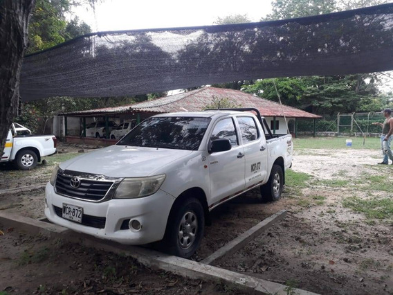 Toyota Hilux 2014 Negociable