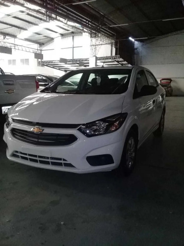 Chevrolet Onix Plus 1.4 Black Edition