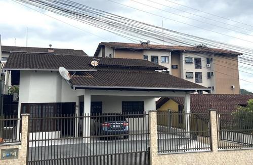 Casa No Glória Com 2 Quartos Para Venda, 126 M² - Kr199