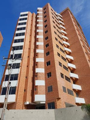 Pre-venta Apartamento En Urb Terrazas Del Manatial