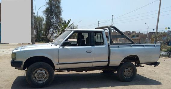 Nissan Fiera Ocasion 4x4 King Cab 1986