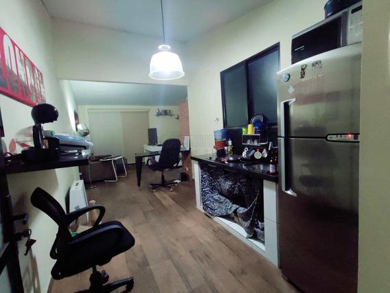 Casa 3 Dormitórios Próximo Ao Centro Parque Bitaru, São Vicente - V738