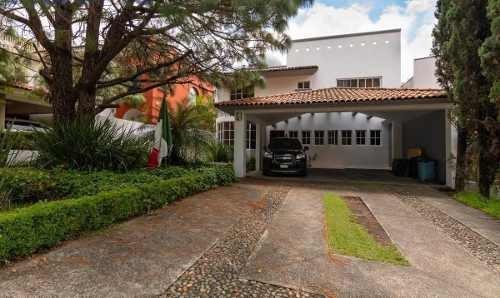 Hermosa Residencia En Venta En Villa Coral En Guadalajara