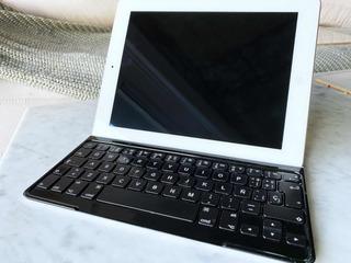 Apple iPad 2 64gb + Teclado Inalambrico Logitech
