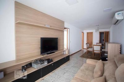 Apartamento No 4º Andar Mobiliado Com 2 Dormitórios E 1 Garagem - Id: 892928311 - 228311
