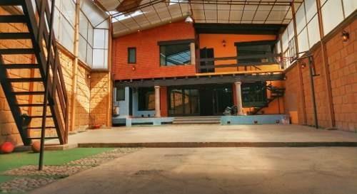 Casa De Dos Niveles Con Hermoso Jardín En Parque Residencial Coacalco