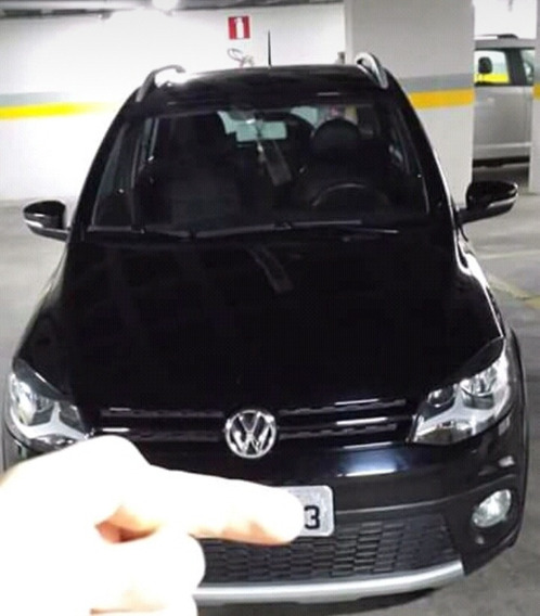 Volkswagen Fox 1.0 Vht Plus Total Flex 5p 2010