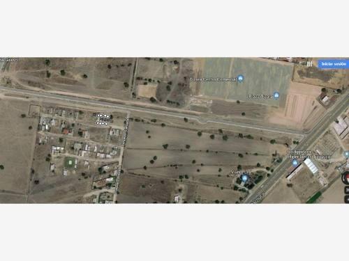 Terreno En Venta 2 De Octubre En Remate Aun Lado De La Plaza Comercial