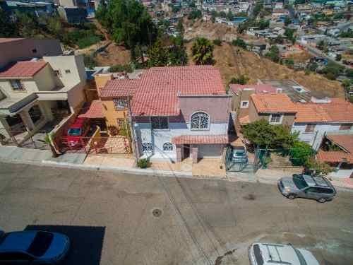 Casa Amueblada En Renta, Col. Lomas Conjunto Residencial, Tijuana B.c.