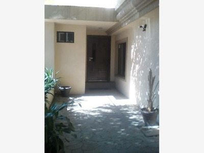 Casa Sola En Venta Fracc. Vistahermosa