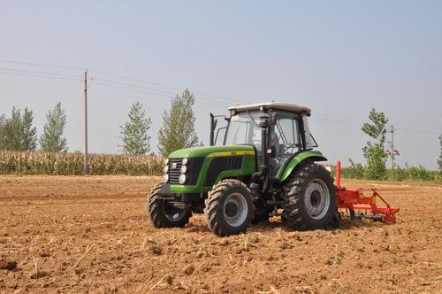 Imagen 1 de 10 de Tractor Agricola Chery Cabina  130hp, Doble Tracción
