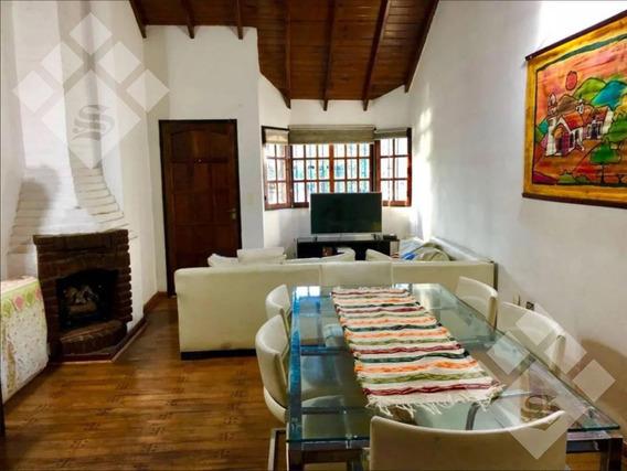 Casa En Venta! 4 Ambientes. Castelar Norte