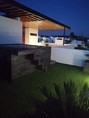 Estrena Hermosa Residencia En Juriquilla