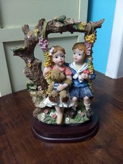 Estátua Crianças Balanço Resina Antigo Relíquia Decoração