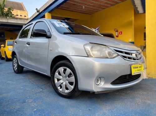 Imagem 1 de 8 de Toyota Etios Hatch Etios X 1.3 2013