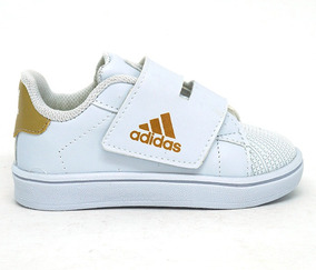 f8cb01ee79 Tenis Adidas Dourado Menina Tamanho 23 Lindo! - Calçados, Roupas e ...