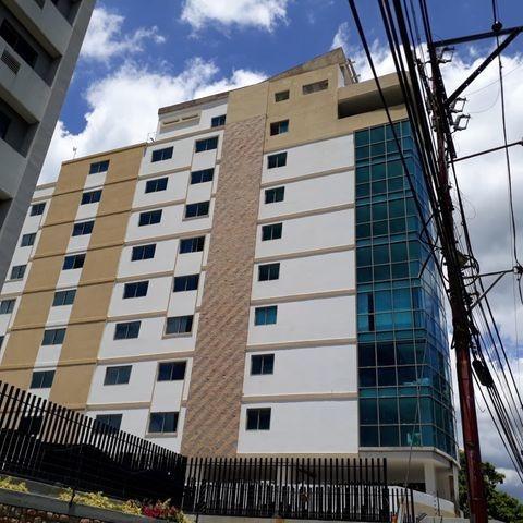 Oficina En Venta En Torre De Lujo Las Delicias 21-7171 Jab
