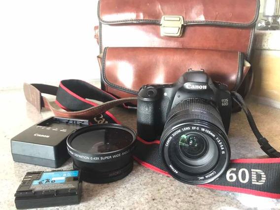 Câmera Fotográfica Canon Eos 60d + Lente Canon Efs 18-135mm
