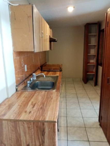 Casa En Renta Dentro De Loma Bonita, Zapopan, Jal
