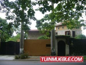 Casa En Venta En Guaparo Valencia 19-13358 Valgo